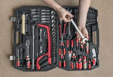 6 Cool Tool Gifts to Give Your Dad For Christmas